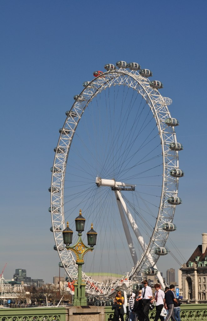 Crossing westminster bridge you quickly catch sight of the london eye
