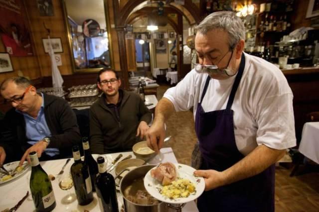 """Restaurant La Meunière, """"bouchon"""" lyonnais"""