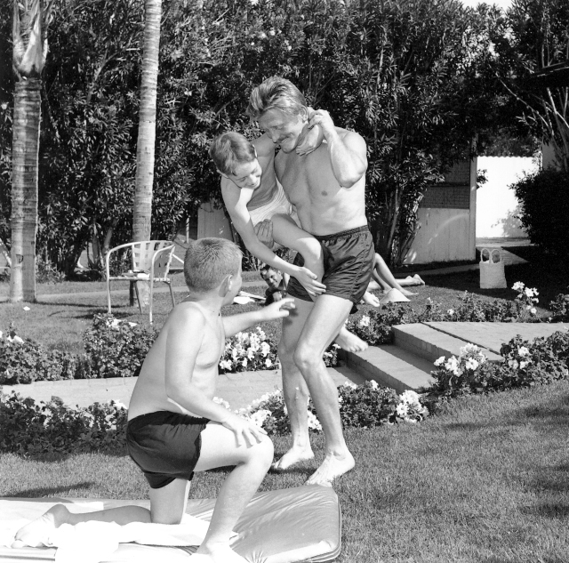 Kirk Douglas with Sons 1955
