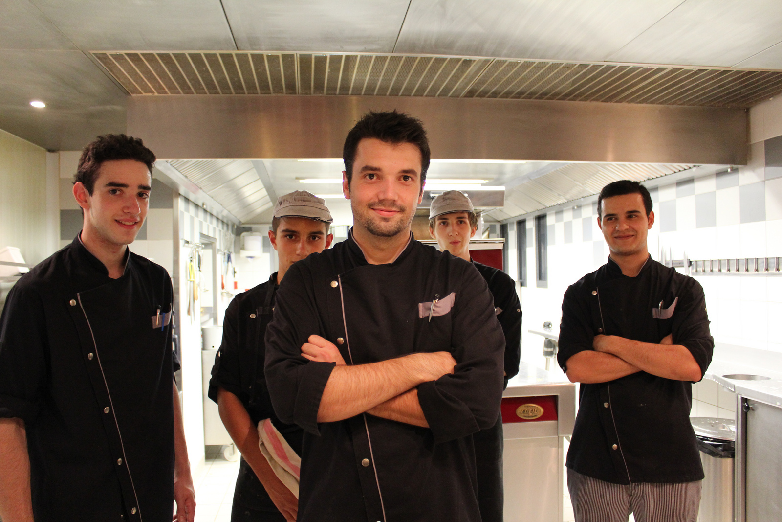 In The Frame The Chef S Brigade La Table Du Sommelier Magellan Pr