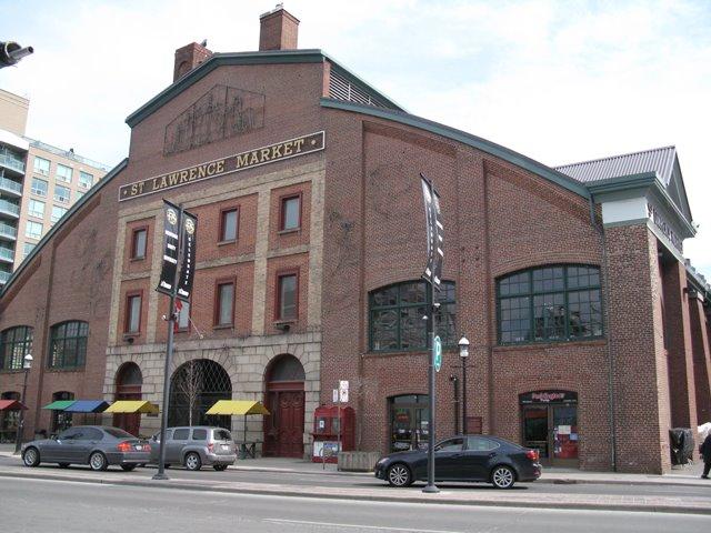 St-Lawrence-Market-2009
