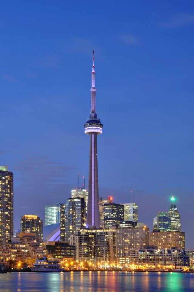 Toronto_-_ON_-_CN_Tower_bei_Nacht2