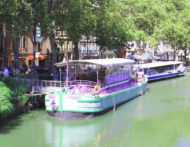 violet barge